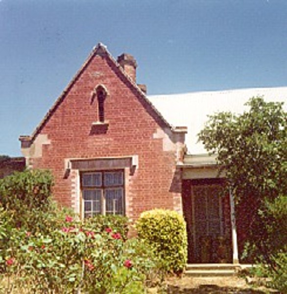 B2304 Captain O'Hara Burke's Home 31 Gingell St Castlemaine