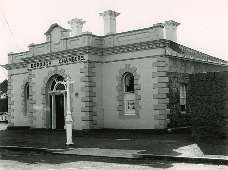 B0333 Former Post Office & Borough Chambers PORT FAIRY