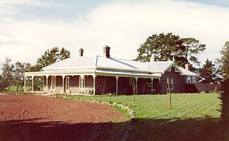 B5021 Villadale House
