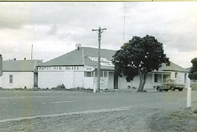 B2059 Royal Mail Hotel
