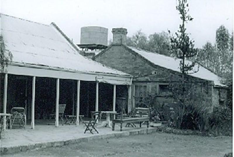 B1010 Tyntyndyer Homestead Murray Valley Hwy Beverford