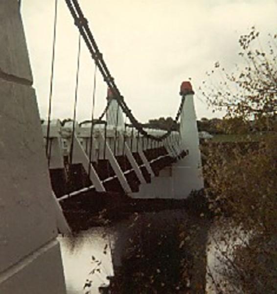 B1706 Wollaston Suspension Bridge Warrnambool