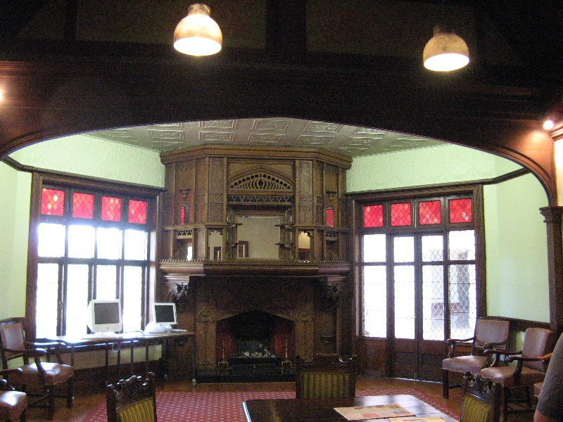 Tay Creggan_Hawthorn_billiard room_KJ_Feb 09