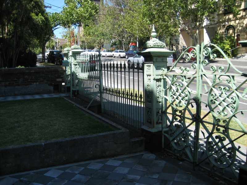 Palisade iron fence