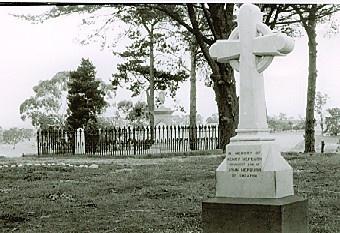 B2193 Hepburn Graves