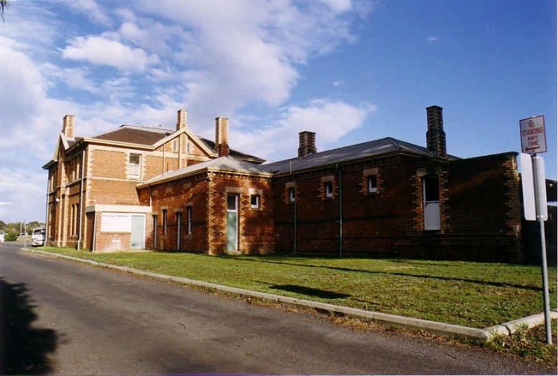 SL 243 - Railway Station, Napier Street, STAWELL