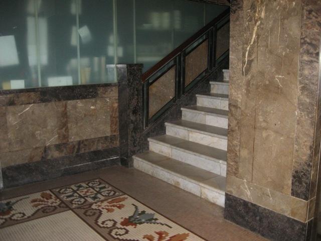 H0706 George Hotel St Kilda 1925 wing ground floor stairs 2009