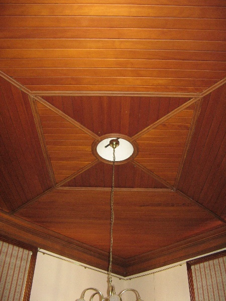Mechanics Institute_Hamilton_timber ceiling in front room_AC_2007