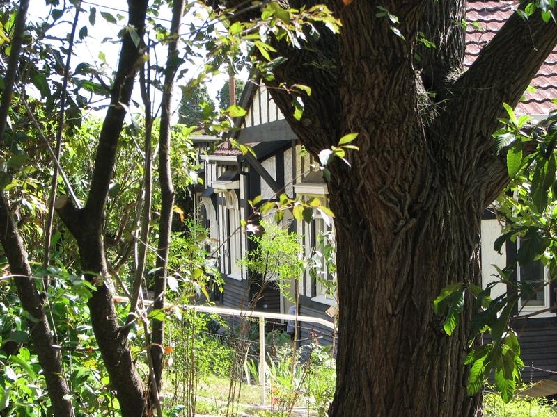 DESBROWE ANNEAR HOUSE SOHE 2008