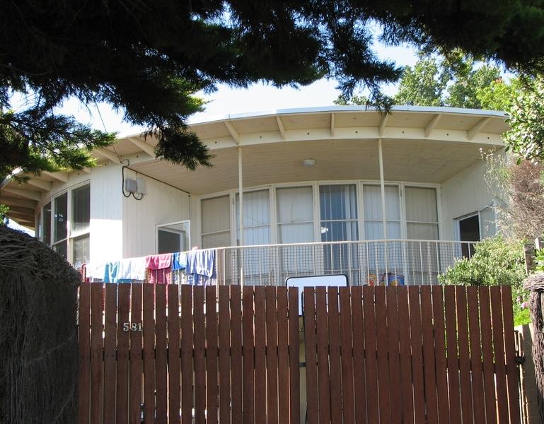 ROUND HOUSE SOHE 2008