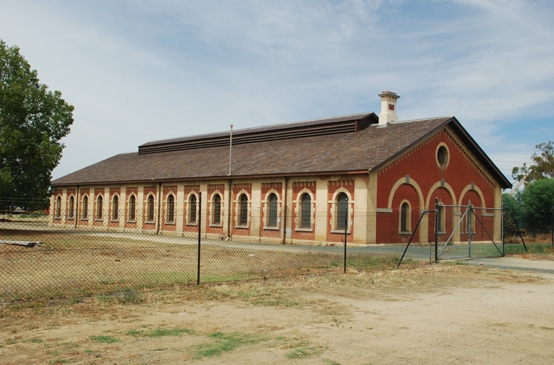 FORMER RAILWAY ENGINE SHED SOHE 2008