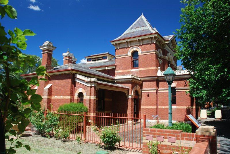 FORMER BENALLA COURT HOUSE SOHE 2008
