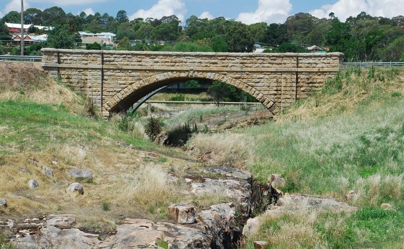 NEWTOWN BRIDGE PRECINCT SOHE 2008