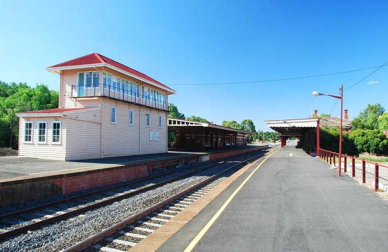CASTLEMAINE RAILWAY PRECINCT (MURRAY VALLEY RLWY, MELBOURNE TO ECHUCA) SOHE 2008
