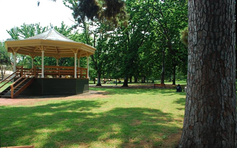 ROSALIND PARK SOHE 2008
