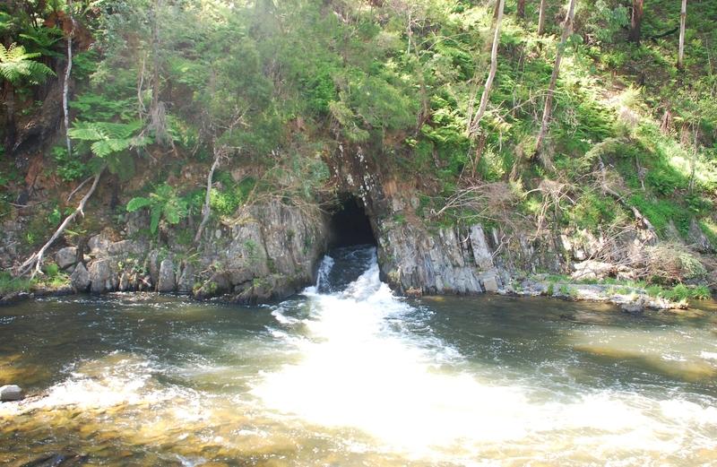 THOMSON RIVER DIVERSION TUNNEL SOHE 2008
