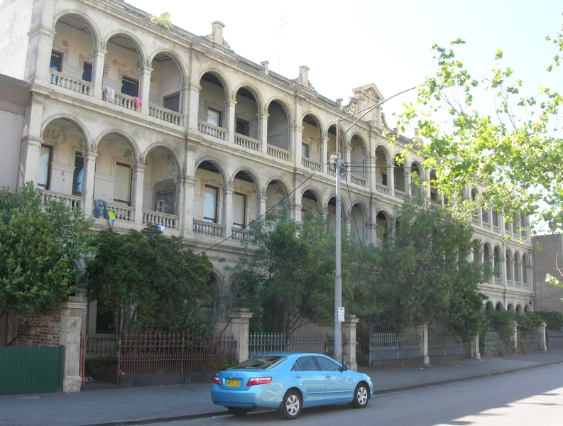 DRUMMOND TERRACE SOHE 2008