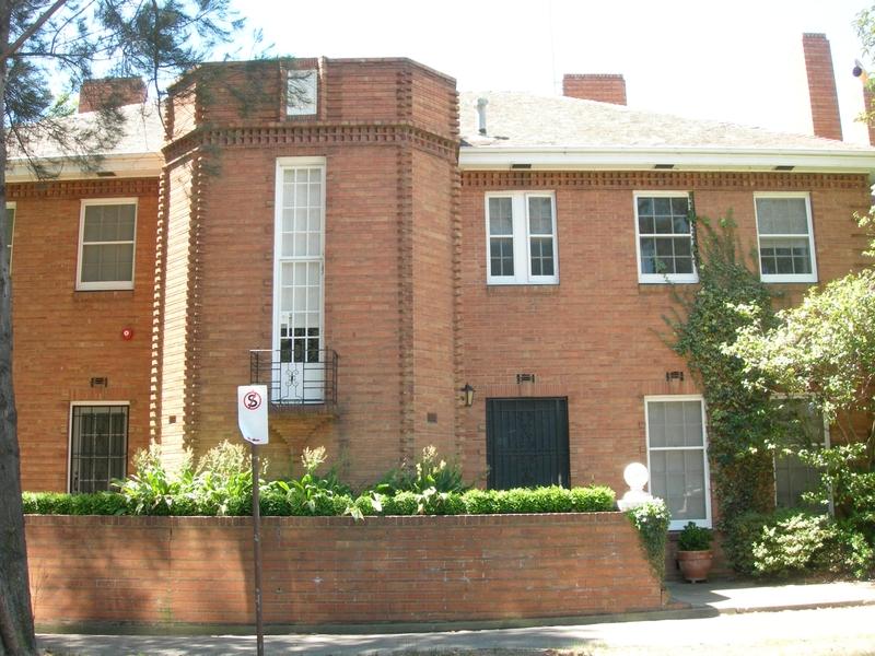 VICE CHANCELLOR'S HOUSE SOHE 2008