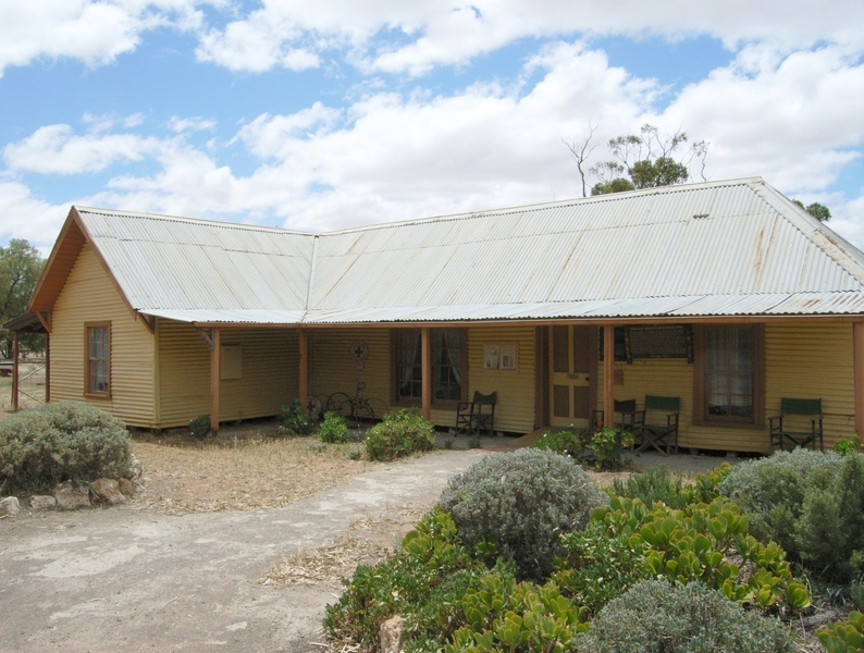 LAKE CORRONG HOMESTEAD SOHE 2008