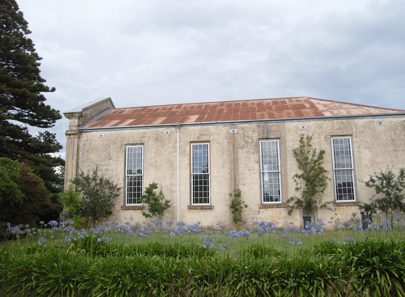 FORMER ST ANDREWS PRESBYTERIAN CHURCH AND MANSE SOHE 2008