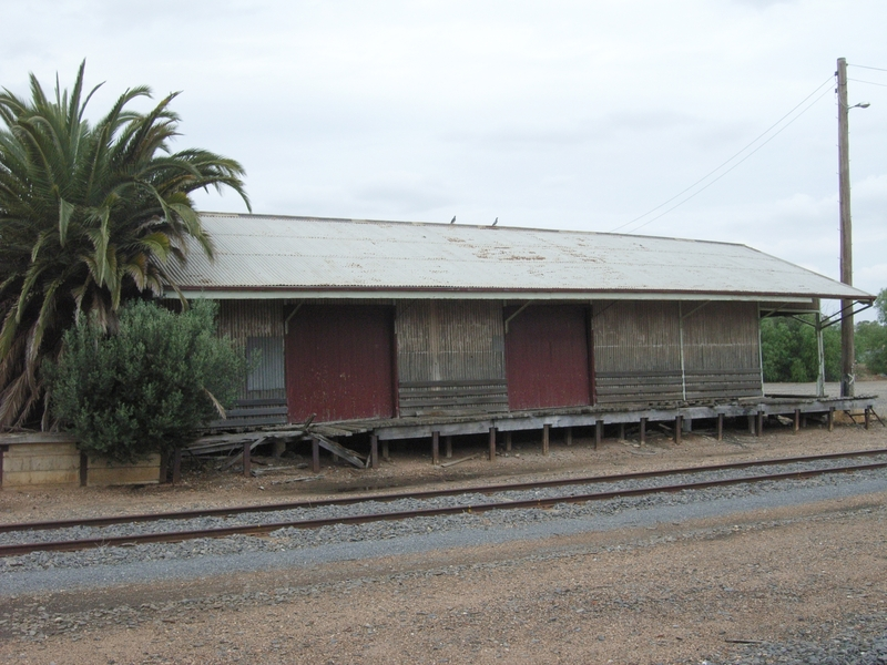 WYCHEPROOF RAILWAY STATION SOHE 2008