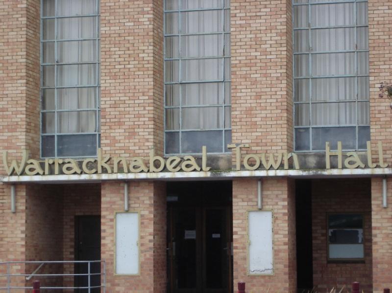 14390 Warracknabeal Town Hall