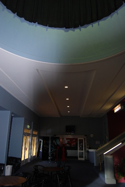 Midland Theatre Ararat foyer showing circular opening 2009