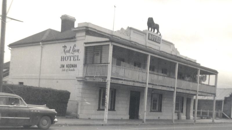 B0369 Red Lion Hotel Kilmore