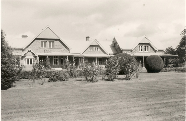 B0733 Purrumbete Homestead