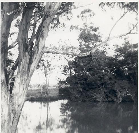 B2694 Ship Canal