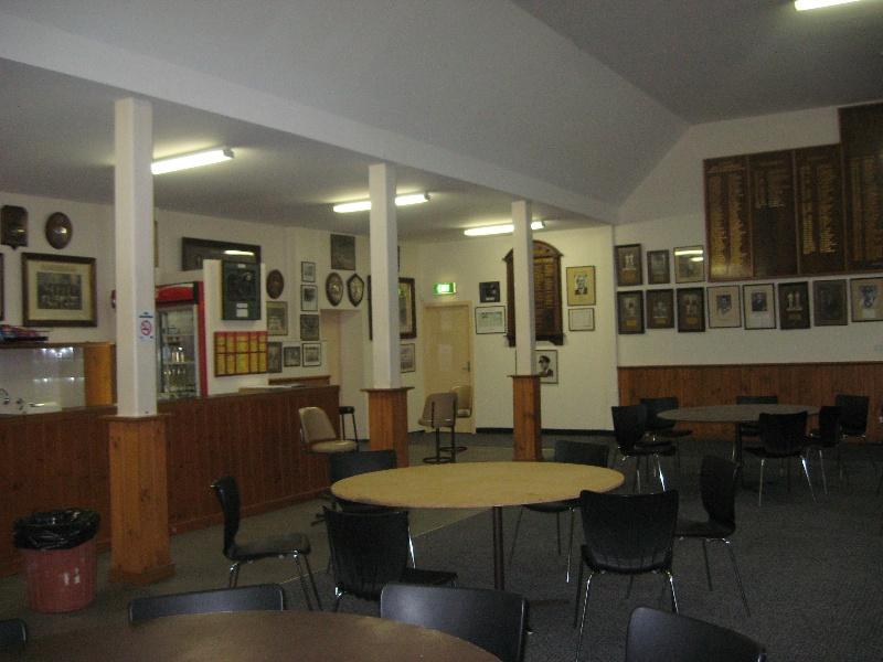 St Kilda Cricket Ground_members' bar_KJ_Oct 09