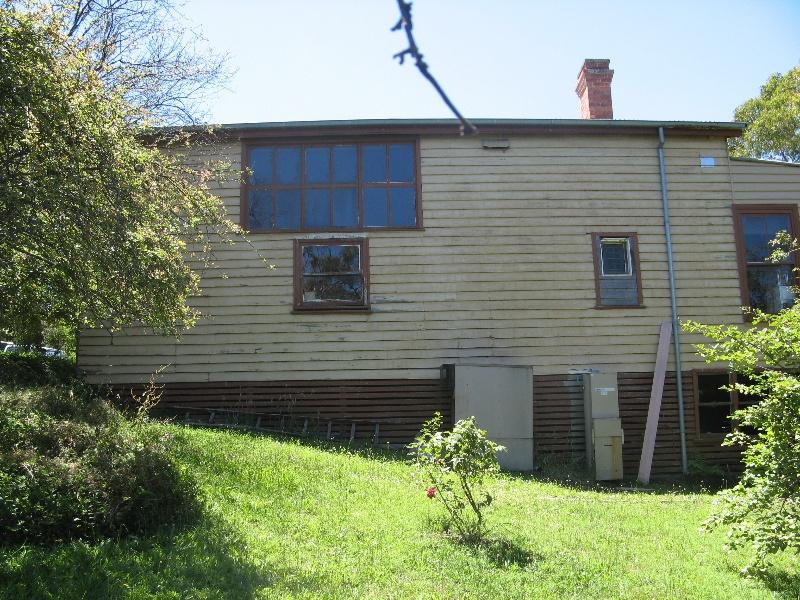 Southernwood_Eltham_south of house with studio windows_KJ_Dec 09
