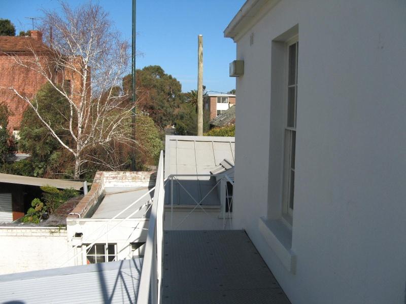 Berkeley Hall_St Kilda_Morwood & Rogers tiles on stable roof_KJ_Dec 09