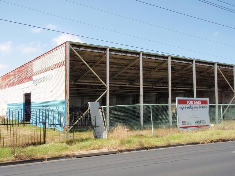 HO83(1) - Eta Factory, 254 Ballarat Road, Braybrook.JPG