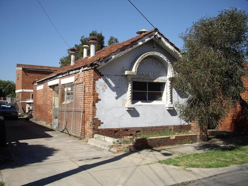 HO158 - Wembly Dairy, 2 Stone Street, Yarraville.JPG