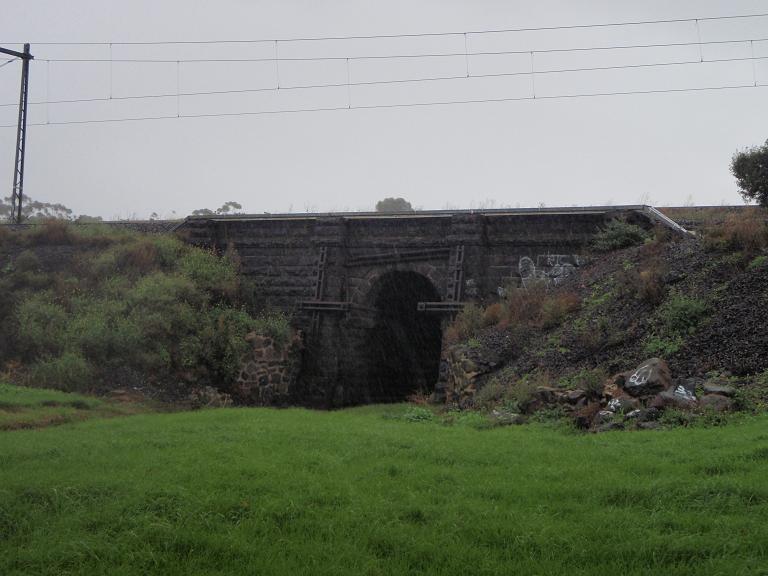 HO164(1) - Black Arch Bridge, Sunshine Rd, Sunshine.JPG