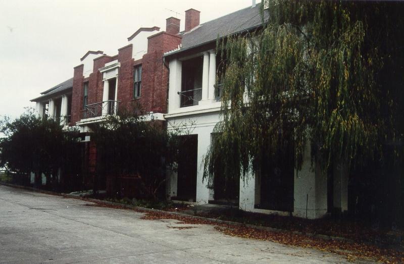 H01098 rafa barracks 1995