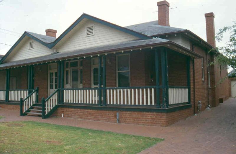 h01098 rafa barracks commandant s house 2002