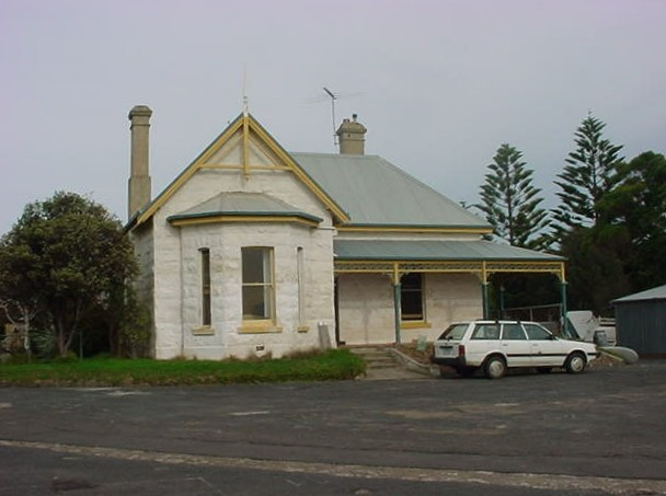 h01090 fort franklin portsea commandants house 01 0604 js