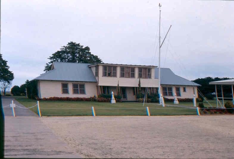 H01969 pt cook headquarters aug02 pm1