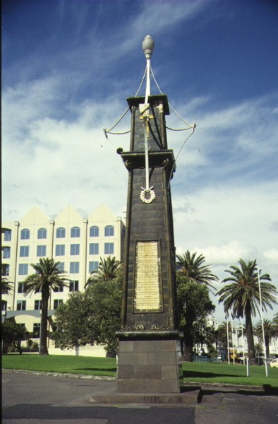 1 south african soldiers memorial alfred square st kilda front view 1996