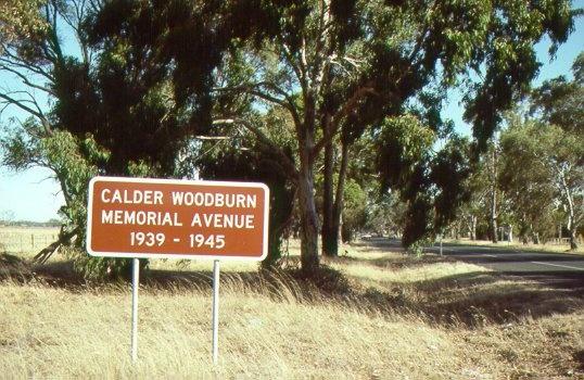 H01975 1 calder woodburn memorial avenue jh mar98