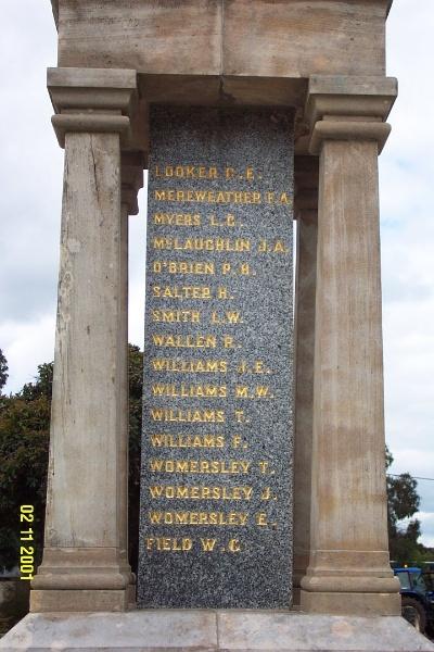 23457 Dunkeld War memorial 0142