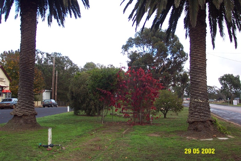 23174 War Memorial Glenelg Hwy Glenthompson 1048