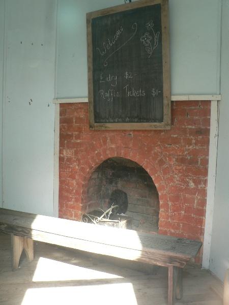 Gringegalgona Soldiers Memorial Hall - rear dressing room