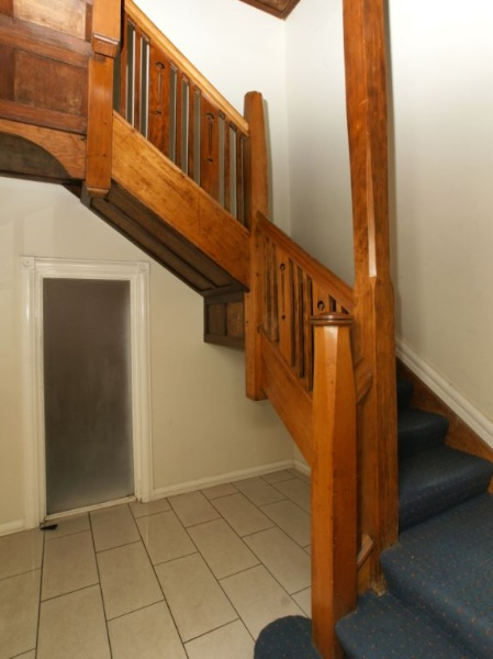 B4908 Canterbury Mansions Entrance Stairway