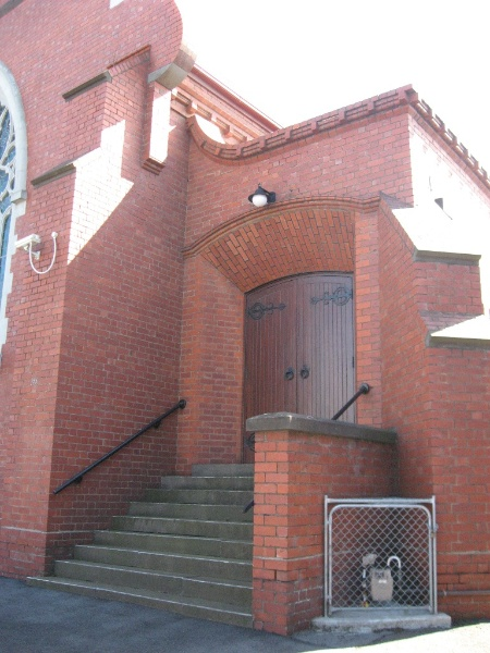124816 Presbyterian Church Malvern side porch 2010
