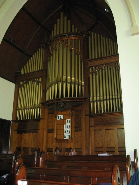 124816 Presbyterian Church Malvern organ 2010