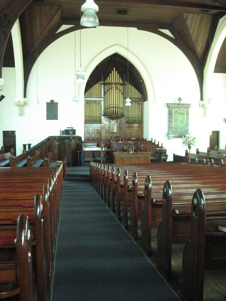 124816 Presbyterian Church Malvern view to sanctuary 2010