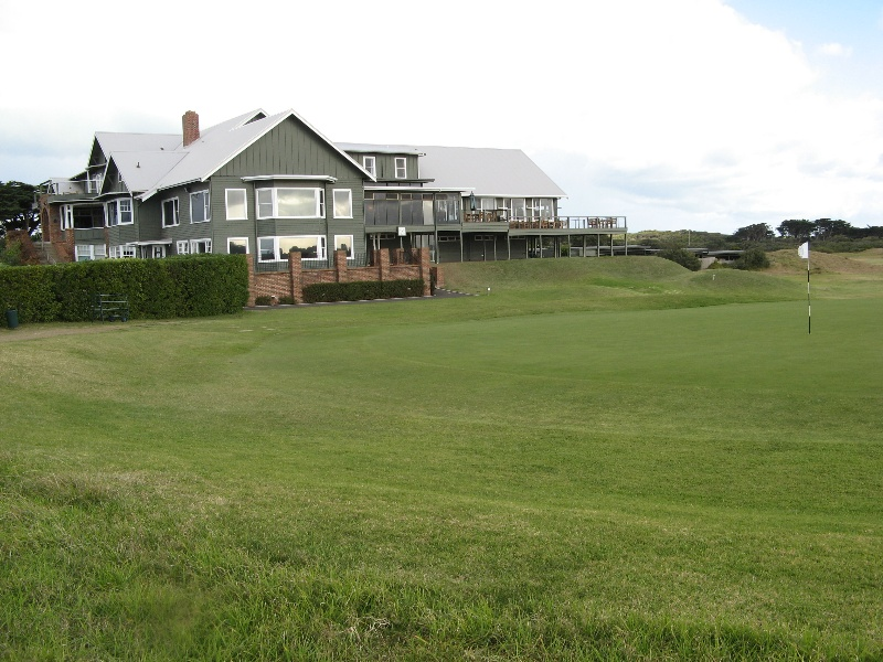 Barwon_Heads_Golf_Club_June_2010 view from north (2).jpg